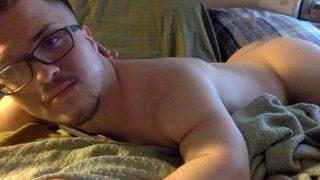 Fotos de Anao pelado nu com seu pau duro